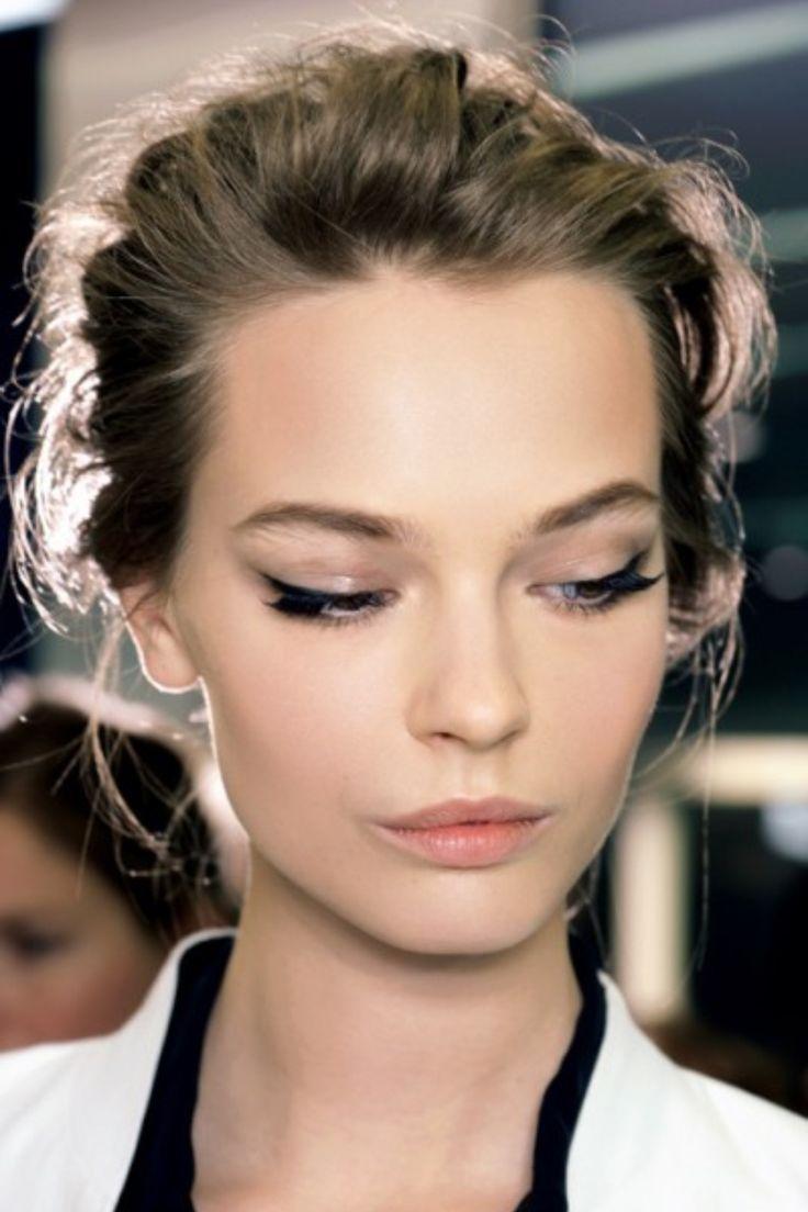 Wedding Makeup Winged Eyeliner : Vintage Wedding Makeup Ideas - Viewing Gallery