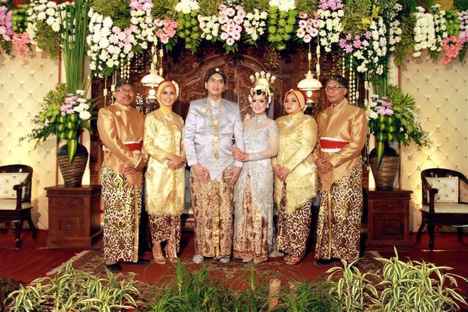 Свадьба - http://lofukau.com/foto-pernikahan-yogyakarta-budhi-dan-retha/