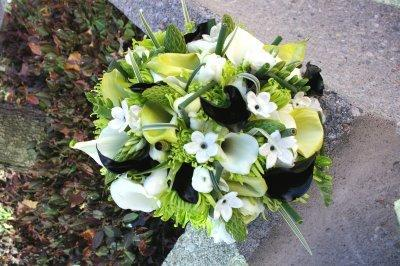 Green Wedding - Green White & Black Bouquet #2005136 - Weddbook