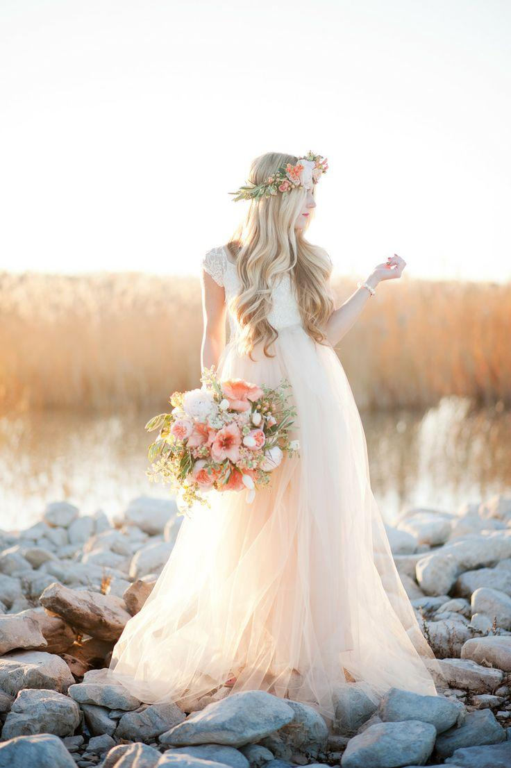 Country wedding country boho wedding 2006986 weddbook for Boho country wedding dress