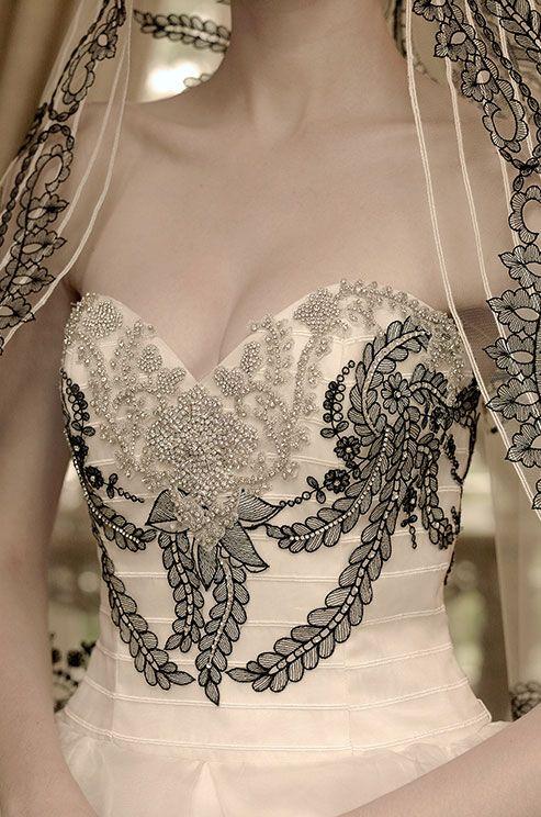 Wedding - Lace Noir