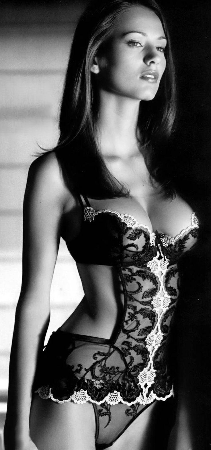 Фото сексуально красивых девушек в нижнем белье 12 фотография