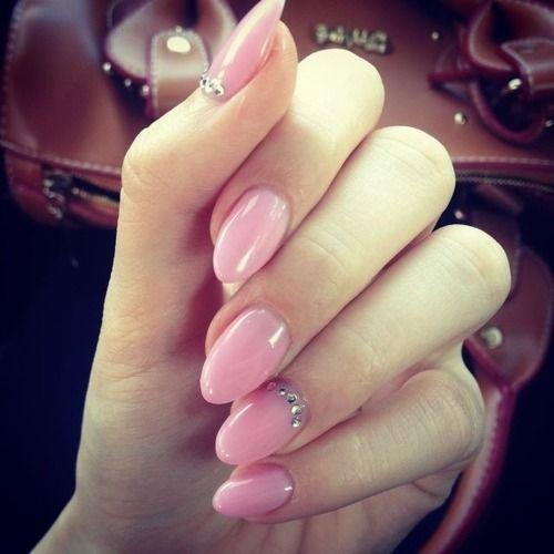 Nagel - Cute Nails #2009309 - Weddbook Almond Nagels