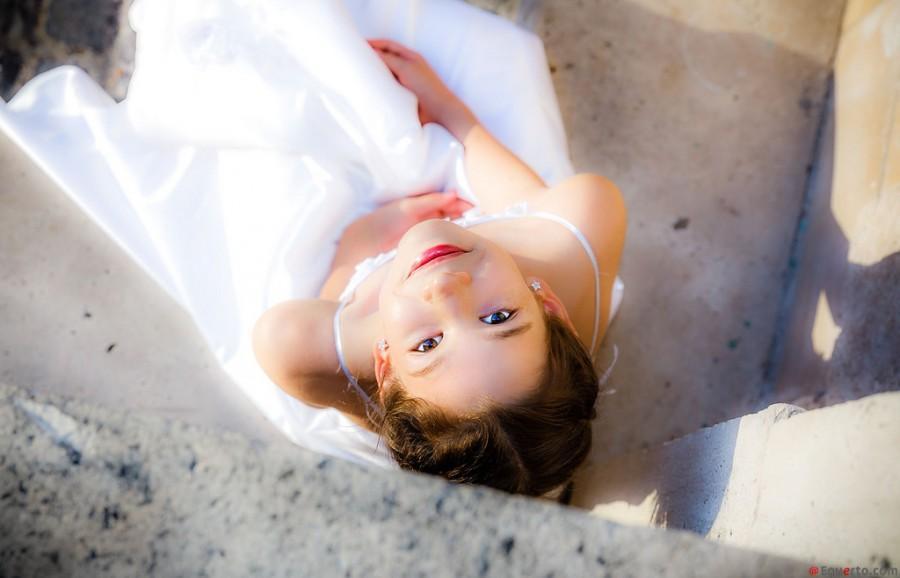Wedding - Young-Woman-Equerto-Photo