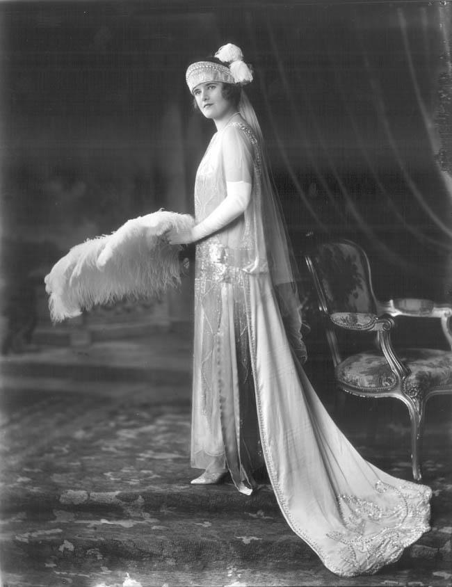 Wedding - Chic Vintage 1920s Bride