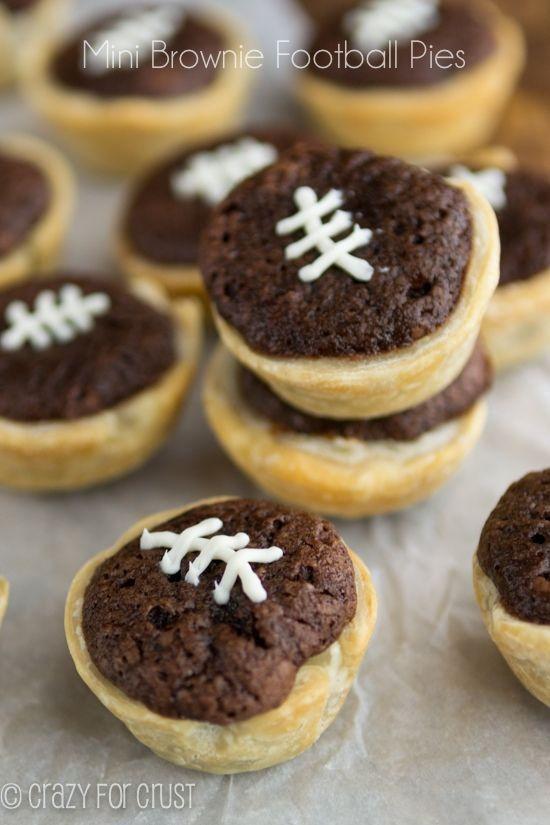 Свадьба - Mini Football Brownie Pies