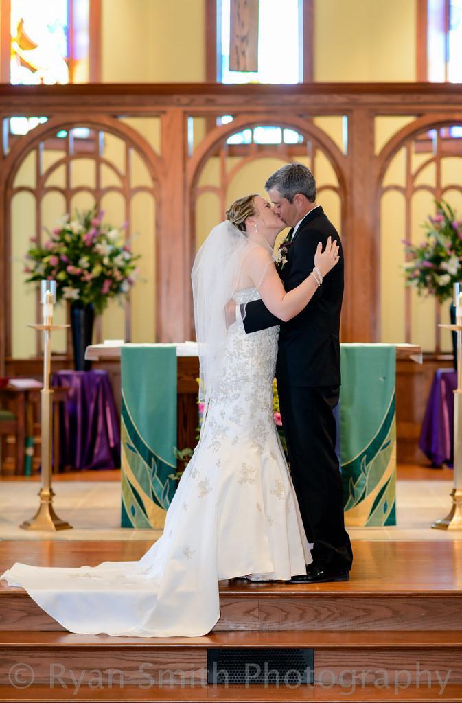 Wedding - First Kiss