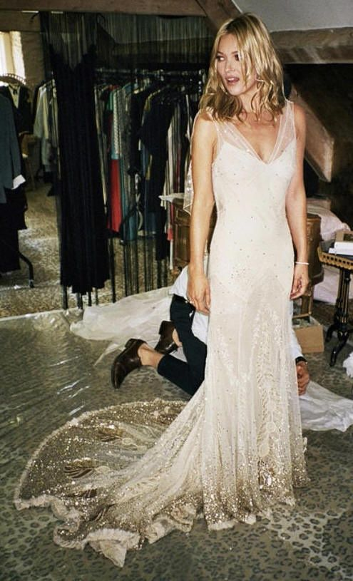 Wedding Dresses Dior Wedding Dress On Kate Moss 2031948 Weddbook