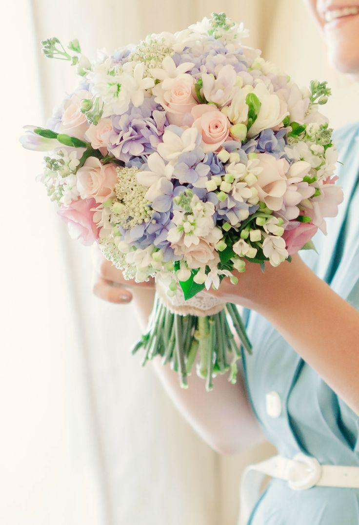 Bouquetflower flowers bouquets 2032193 weddbook flowers bouquets izmirmasajfo