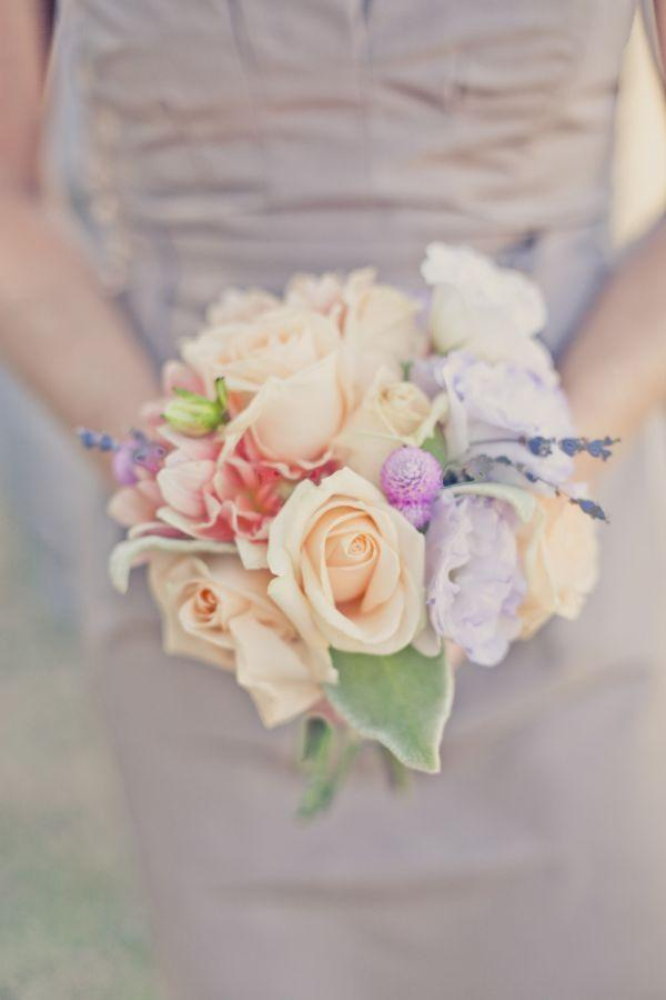 wedding bouquet sch ner blumenstrau 2032783 weddbook. Black Bedroom Furniture Sets. Home Design Ideas
