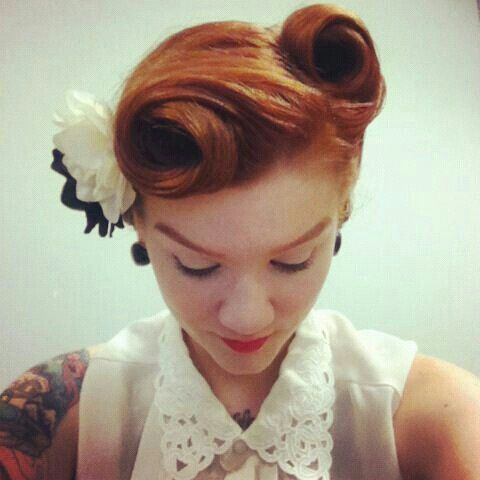 Coiffures De Mariage Pin Hair Up Ilove The Vintage Feel 2033231