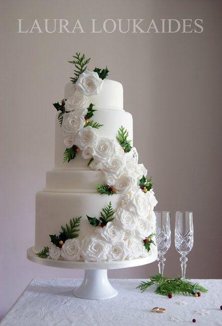 winterchristmas wedding cake