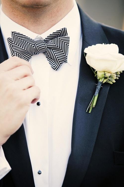 Hochzeit - Love The Patterned Bowtie für den Bräutigam