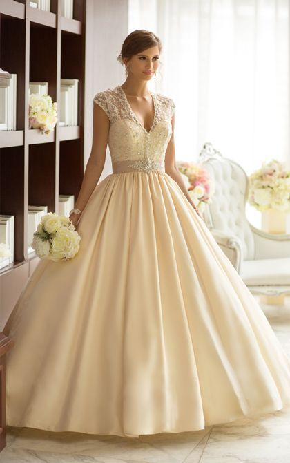 Brautkleider mit stilvollen straps 2014 essence for Essence australia wedding dresses
