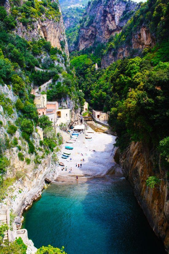 Italy Honeymoon Secluded Beach Furore Amalfi Italy 2040599 Weddbook