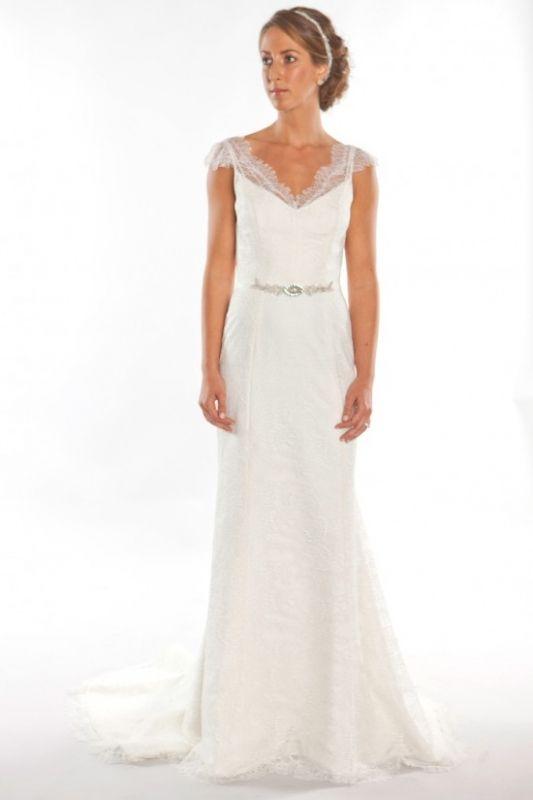 Junebug\'s Wedding Dress And Accessories Gallery #2040670 - Weddbook