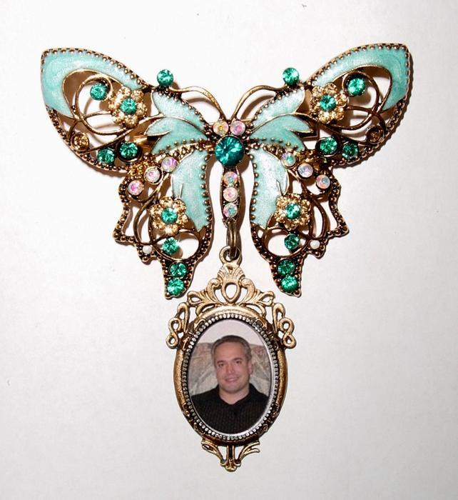 Hochzeit - Memorial Photo Brooch Butterfly Something Blue Crystals Gems - FREE SHIPPING