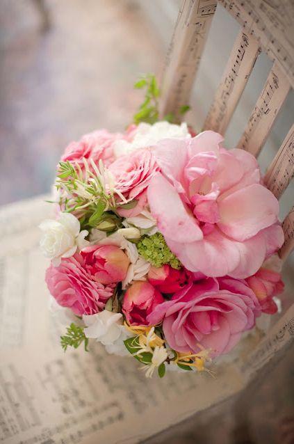 Wedding Bouquet Flowers 2040897 Weddbook