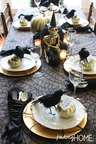 Hochzeit - Elegant Spooky Halloween Tables (& A Sense Of Humor