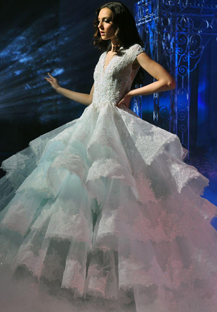 Wedding fairytale white wedding gown for a gorgeous look