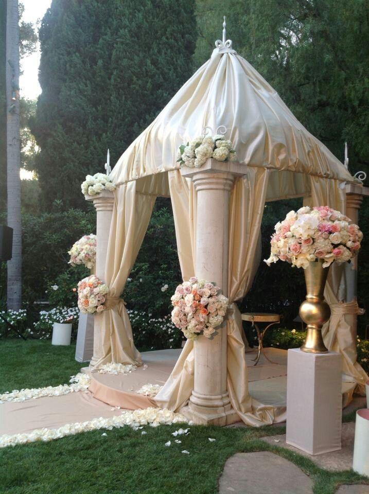 Ceremony Wedding Decor Ceremony 2042464 Weddbook