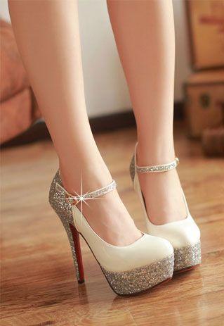 sexy Schuhe der hohen Absätze