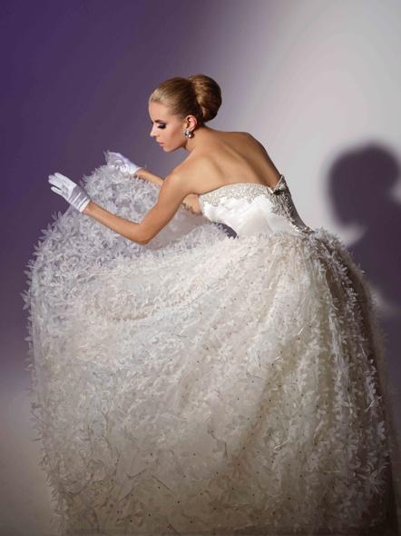 Düğün - Victor-kurtlar-fallwinter-2013-06
