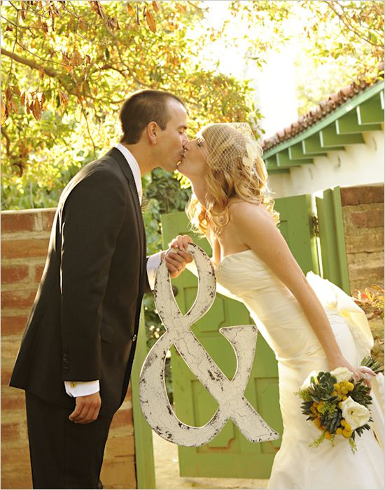 Hochzeit - Crafty Yellow & Teal Long Beach Hochzeit