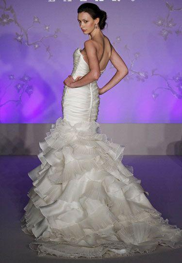 Kleiden - Lazaro Brautkleider #2047168 - Weddbook