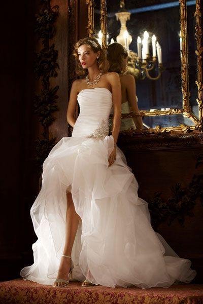 Dress 30 Gorgeous Gowns Under 1 000 2047289 Weddbook