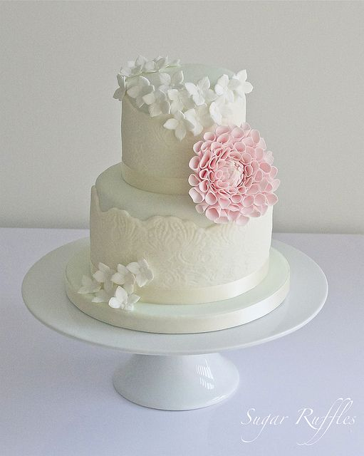 Wedding cakes cake with pink flower 2047354 weddbook cake with pink flower mightylinksfo