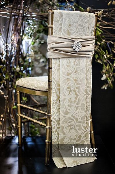 Hochzeit - Chivari Chair Bling