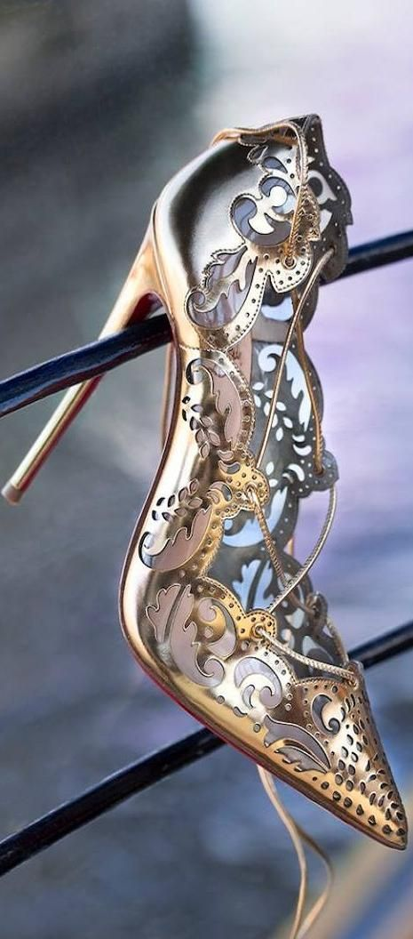 Louboutinu2014 Glass Slipper