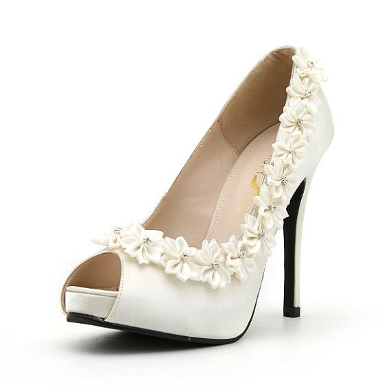 White Rose Wedding Shoes Wedding Shoes With White Roses White Satin Wedding Heels 2047507