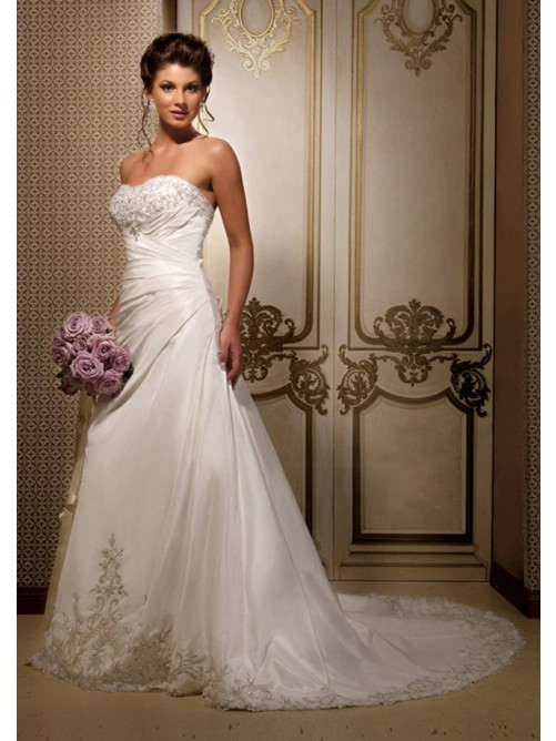 Royal Wedding Sticker Dress Up : A line strapless chapel trailing embroidery lace up back