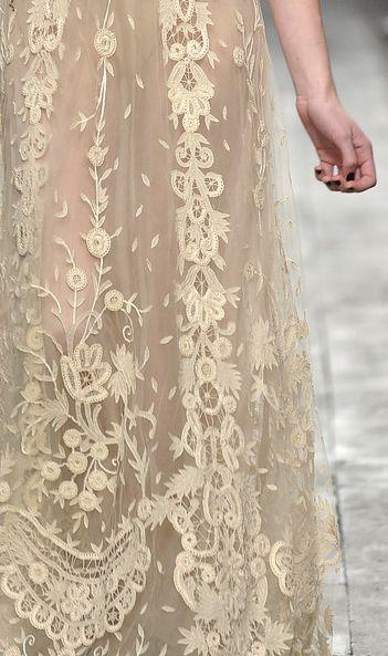 Wedding - Lace...valentino