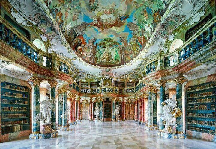 Honeymoon - Germany Library #2049831 - Weddbook