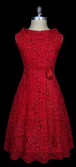 زفاف - اللباس 1950S والفستان