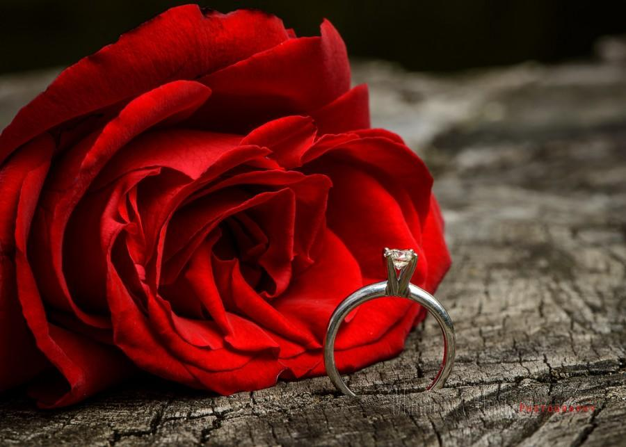 Mariage - Engagement ring.jpg