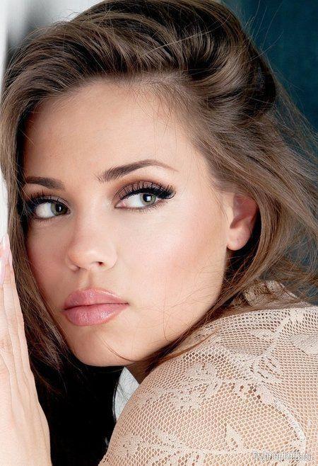 look makeup  Weddbook  Neutral Smokey pink Shades #2050483 natural And Eyes Makeup
