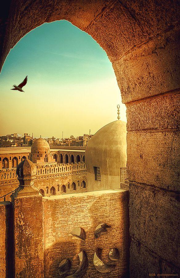 Honeymoon Ibn Tulun Mosque Cairo Egypt 2051325 Weddbook