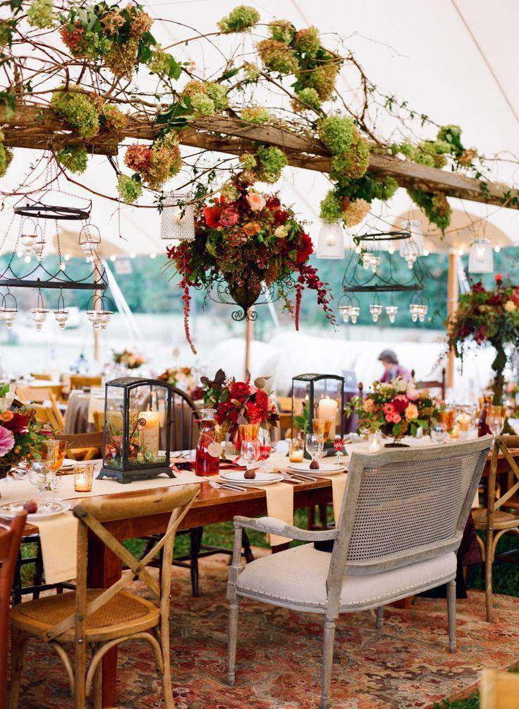 Outdoor blue ridge mountains fall wedding 2051652 weddbook for Table jardin beauty