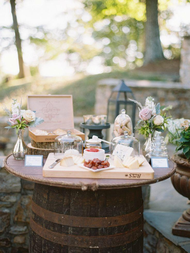 Essen & Favor - Dessert Table