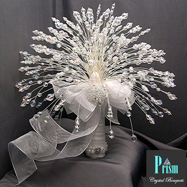 10 Non Floral Bouquets For Winter Weddings 2054752 Weddbook