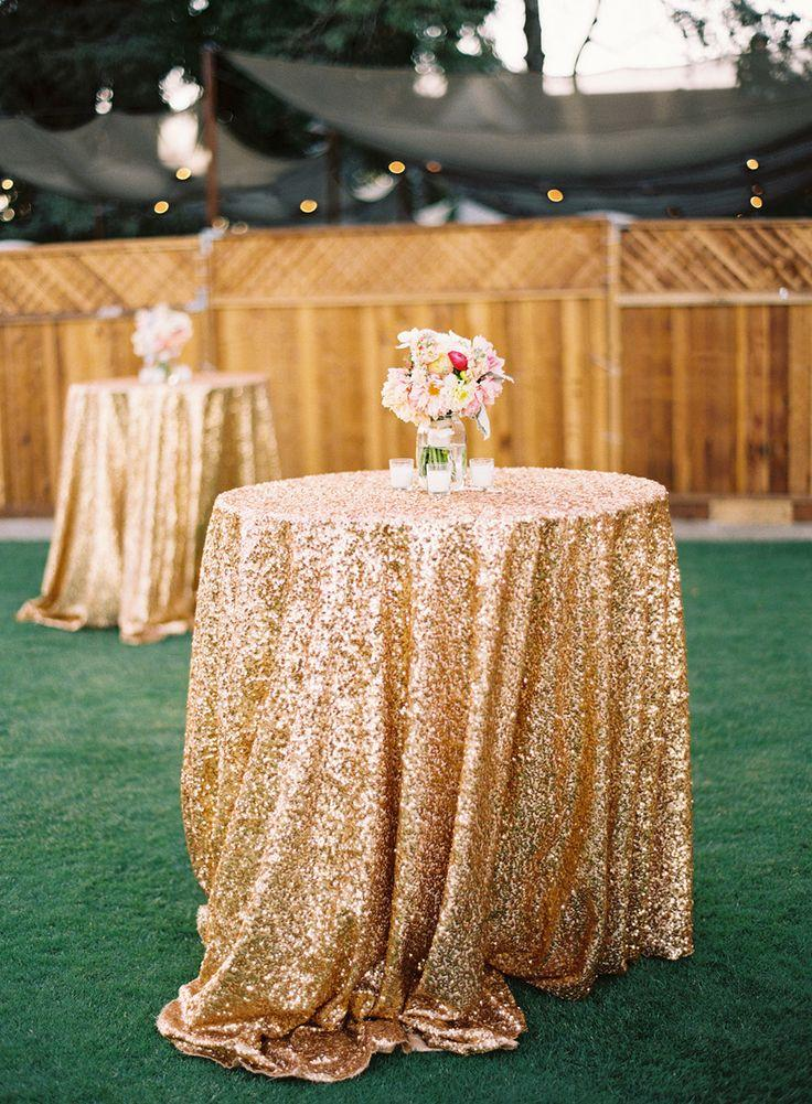 Wedding - LOVE THESE TABLE CLOTHES