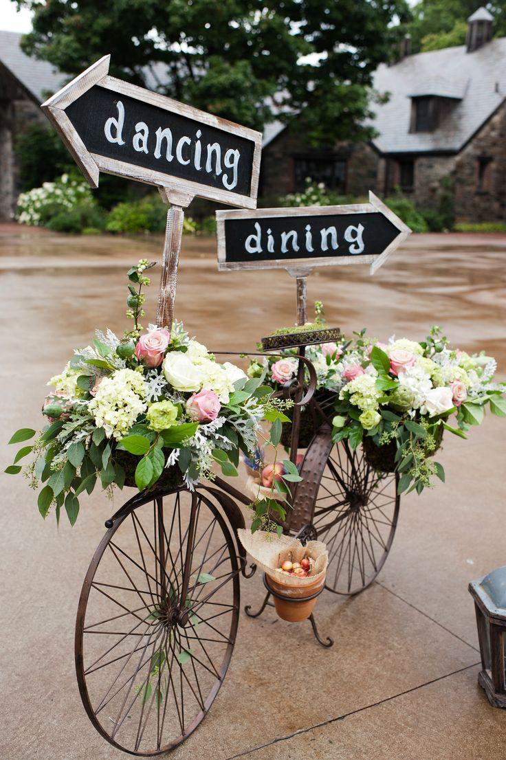Stylish Vintage Wedding Signs