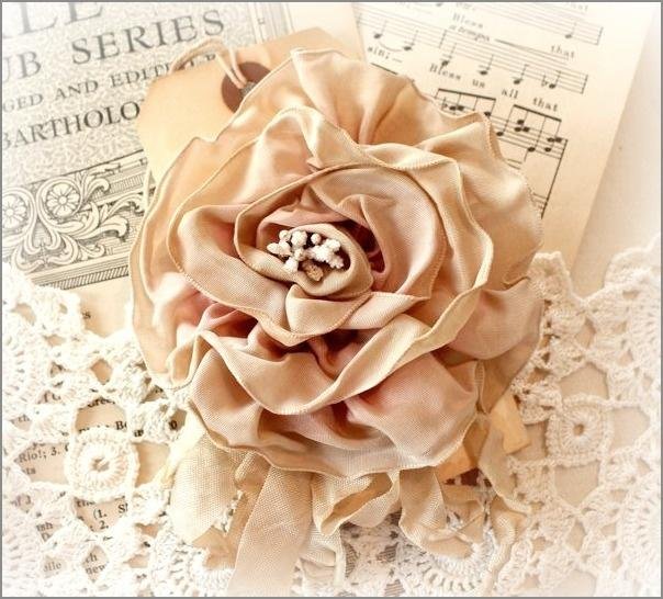 Wedding - Faded Pink Tea Stained Rose