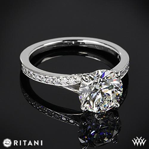 Hochzeit - 18k White Gold Ritani Moderne Bypass Micropave Band Diamant-Verlobungsring