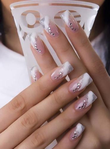 Mariage - Top Designs 5 à ongles pour les mariées 2013