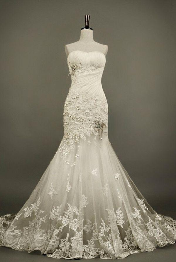 Vintage wedding gorgeous vintage lace wedding gown for Pinterest wedding dress lace